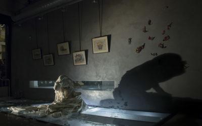Ελένη Μαρνέρη Galerie | Sylvia Macchi | Τσαρούχι από τον Τόπο σου κι ας είναι και Στολισμένο